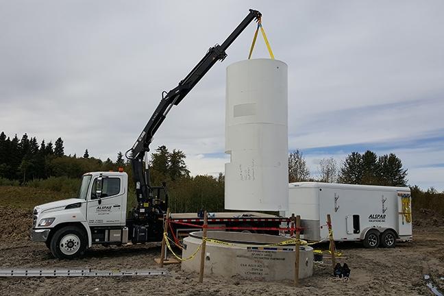 hino crane lifting cement pipe